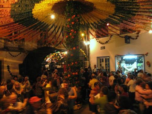 Baile no Coração da Vila