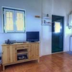 Casa pequena - Entrada e cozinha